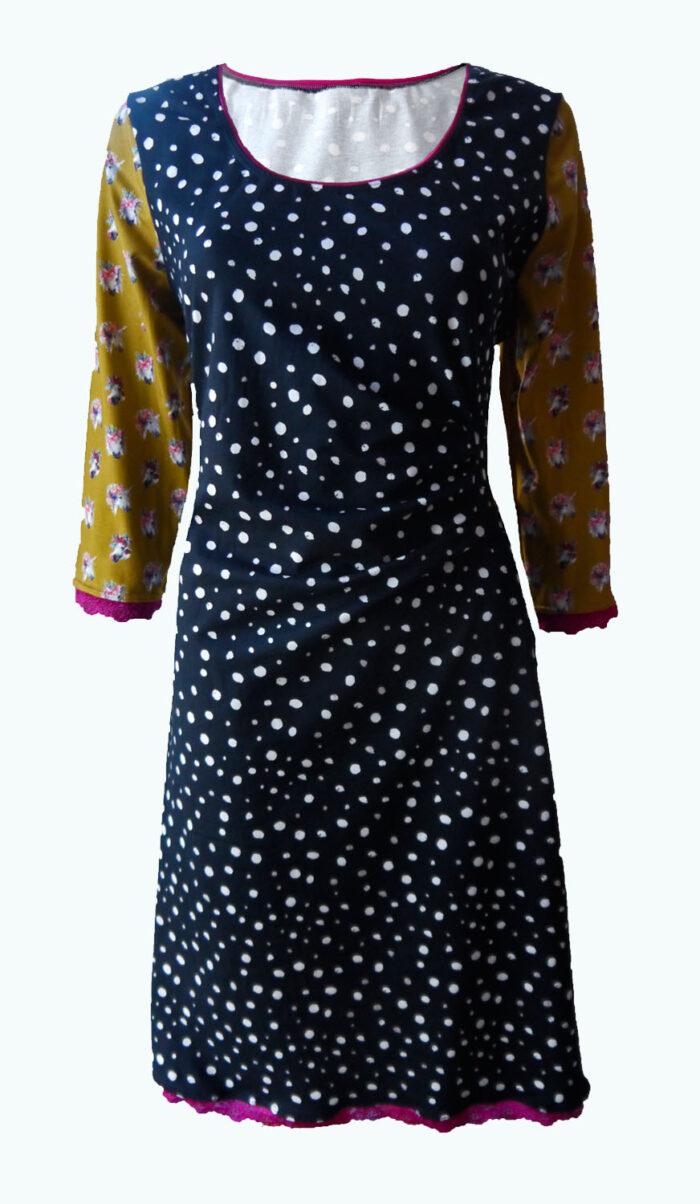 Solve, Elizz, zwarte jurk