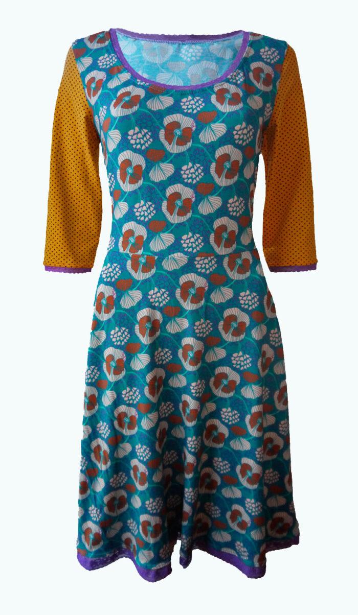 Decide, Elizz, zeegroene jurk